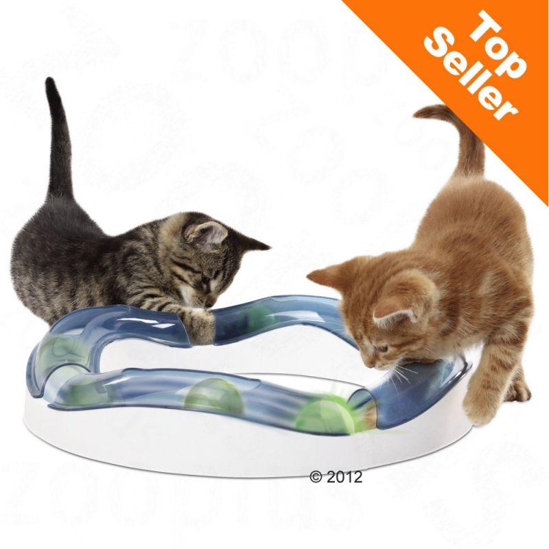 Kulbana med gupp för katter att leka med.