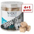 4 + 1 gratis! Wolf of Wilderness - liofilizowane przysmaki premium