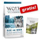 "12 kg granuly Wolf of Wilderness + maškrty ""Wild Bites"" (180 g) Green Fields Lamb zdarma!"