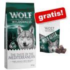 """12 kg granuly Wolf of Wilderness + maškrty """"Wild Bites"""" (180 g) zdarma!"""