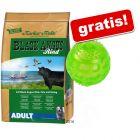 15 kg Markus Mühle Black Angus + Squeaky Ball TPR gratis!