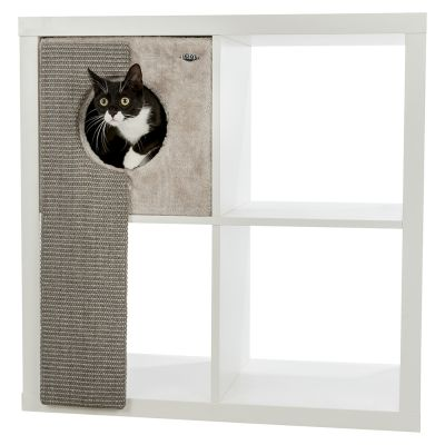 Trixie Cuddle Bed for Shelves with Scratching Board