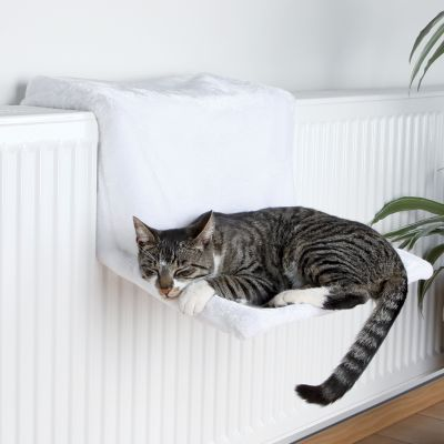 Trixie Deluxe Plush Radiator Bed - White