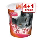 5 x 125g Smilla Hearties or Toothies Cat Snacks - 4 + 1 Free!*