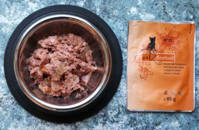 Catz Finefood- Chicken and tuna