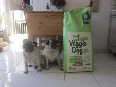 European virtually vegan dog food